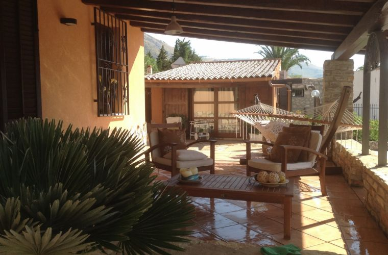 The villa has two large covered verandas with comfortable garden furniture which offers guests a healthy relax;