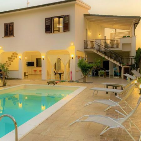 For your disposal, an independent portion of the villa which includes the swimming pool and outdoor spaces