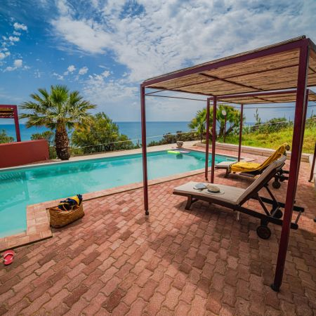 The exterior is the highlight of the property, with many corners where you can enjoy your Sicilian vacation