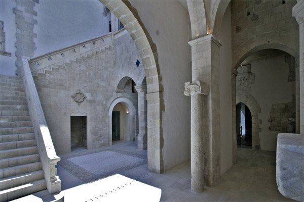 The XIII century courtyard