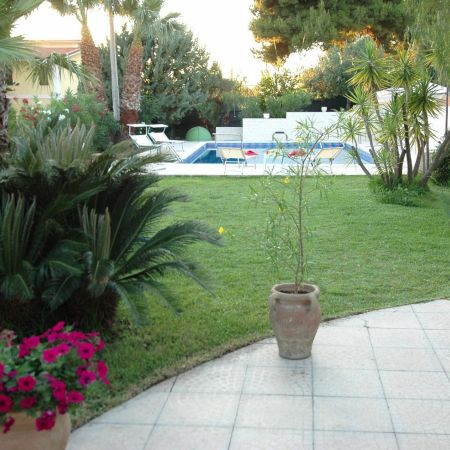 Enjoy Sicily in this comfortable location by the sea