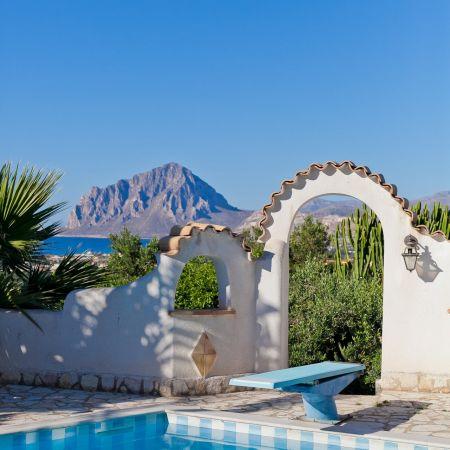 A gorgeous view of Monte Cofano