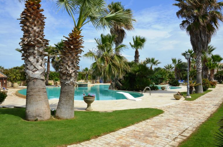 This prestigious villa has a park of 3.000 square meters