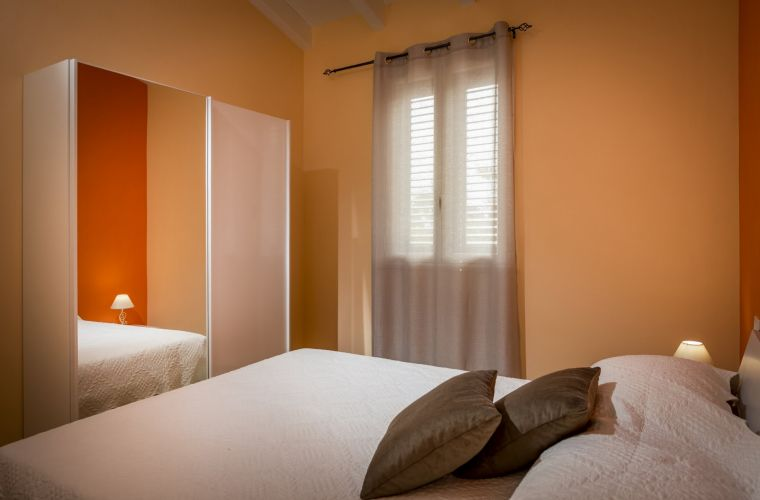 The sleeping area has two double bedrooms, two twin rooms and two bathrooms with shower.