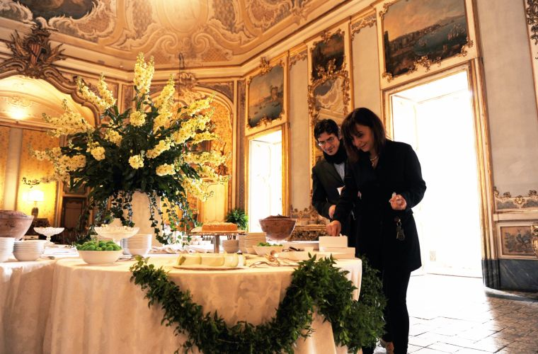 Luxury event: the sweet table, with his brother Giuseppe