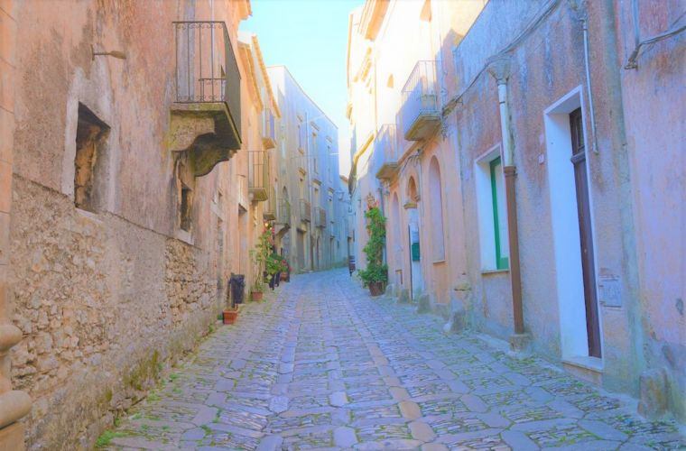 Trapani-Erice (2 km's) the city of love for its shape (a triangle!)