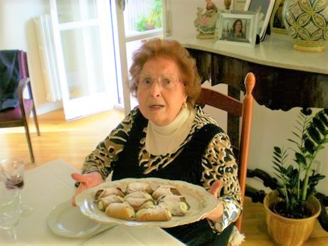 Zia Cettina, Silvanina in Catania area and her Cannoli with ricotta