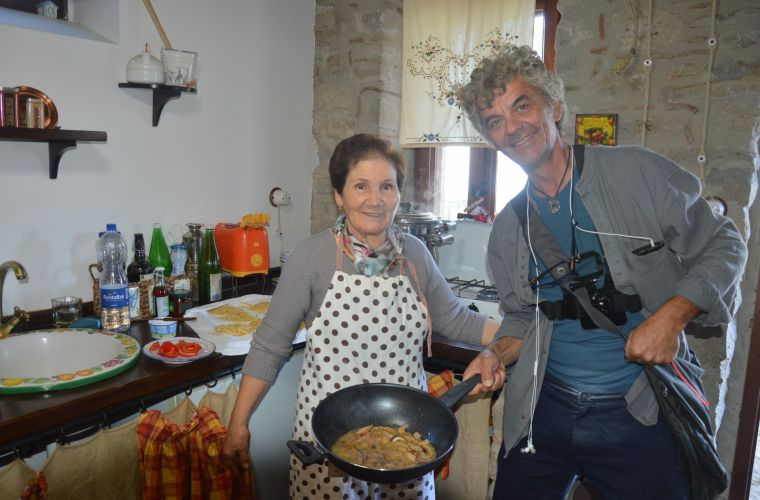Pasta is ready: locals cook for us