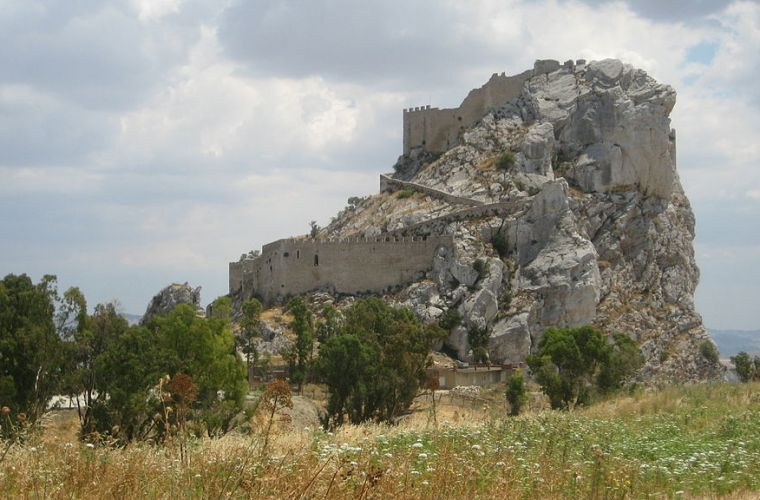 The castle of Mussomeli, among the most beautiful in Sicily, in the middle of the island
